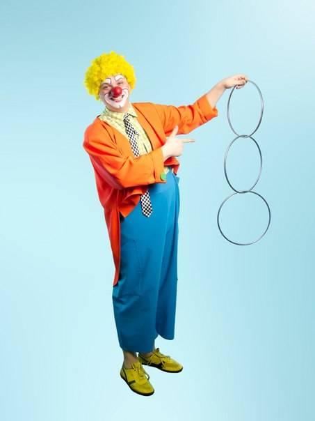 клоун-фокусник.jpg